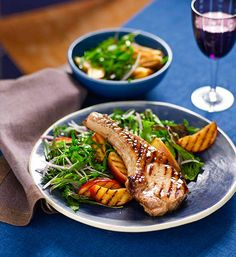Sweet and sour pork cutlets with grilled apple: Flavour's best friends unite in a sizzling pork dish that's full of jazz!
