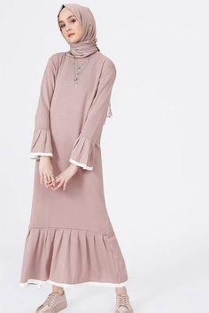 Benin Purple Sweater Dress - Looks are Everything Abaya Fashion, Muslim Fashion, Modest Fashion, Fashion Dresses, Muslim Dress, Hijab Dress, Hijab Outfit, Modest Dresses, Casual Dresses