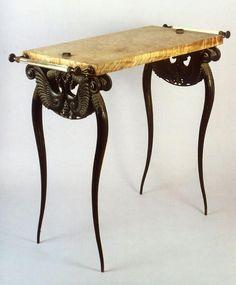 RATEAU Table de toilette [Modèle n°1036] | Centre de documentation des musées - Les Arts Décoratifs