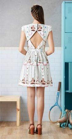 5a000b206 50 melhores imagens de i   Belas flores, Saia e blusa e Design de blusas