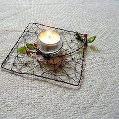 Hranatý svícen - jediný s kulatým kalíškem   Zboží prodejce Lucky-design d78777ae10
