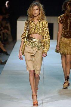 Louis Vuitton Spring 2004 Ready-to-Wear Fashion Show - Erin Wasson, Marc Jacobs