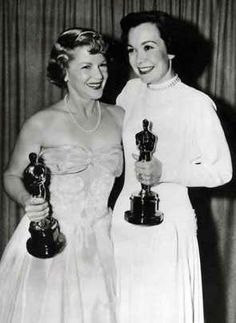 """1949 Oscars: Claire Trevor, Best Supporting Actress for """"Key Largo"""" (1948) and Jane Wyman, Best Actress for """"Johnny Belinda"""" (1948)"""
