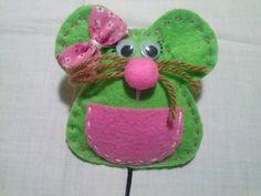 Ratoncita verde y rosa