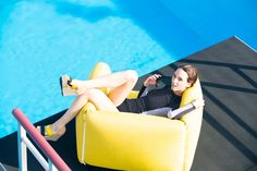 Blow Up Collection by Jardin de Ville - Design Milk Outdoor Seating, Outdoor Fun, Outdoor Decor, Planet Design, Pool Toys, Accent Chairs For Living Room, Beach Accessories, Colorful Furniture, Cool Pools