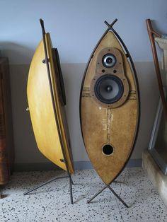 """TRAVAIL D'ARTISTE ! Enceintes """"poissons"""" à base de HP Supravox et Fostex chez Nicolas Castel d'Electrum Labo - http://hifi-vintage-audiophile.fr"""