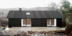 Building / Coll-Barreu Arquitectos love the color mix black house exterior Architecture. Design Exterior, Black Exterior, Residential Architecture, Architecture Design, Building Architecture, Black Architecture, Installation Architecture, Plywood House, Scandinavian Home