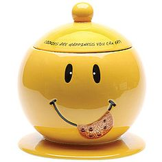 """""""Cookies Are Happiness You Can Eat"""" smiley face cookie jar Ceramic Cookie Jar, Cookie Jars, Cookie Dough, Kinds Of Cookies, Cute Cookies, Candy Jars, Candy Dishes, Smileys, Love Smiley"""