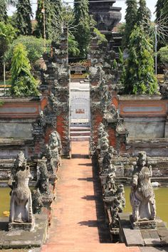 Kertha Gosa and Taman Gili, the Royal Courts of Justice of Klungkung,  Bali, Indonesia