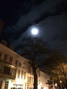Mooie nachtelijke hemel in Arnhem