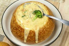 Crockpot Broccoli Cheddar Soup - My Favorite Recipes Crockpot Broccoli Cheddar Soup, Brocolli Cheese Soup, Broccoli Soup, Fresh Broccoli, Slow Cooker Recipes, Crockpot Recipes, Soup Recipes, Cooking Recipes, Slow Cooking
