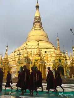 """Me ha costado """"parirla"""" pero ahí va mi guía práctica para viajar a Myanmar, donde empiezo a contaros mi último gran viaje y os doy datos prácticos para que conozcáis el país y algunos consejos para..."""