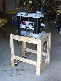 Ron's Woodwork - Planer Stand