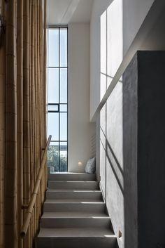 Gallery of House in Tel Aviv / Neuman Hayner Architects - 12
