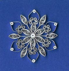 Quilling Snowflakes and Christmas Trees Board: Quilling Arte Quilling, Quilling Paper Craft, Paper Crafts, Foam Crafts, Quilling Tutorial, Quilling Patterns, Quilling Designs, Quilling Ideas, Doll Patterns