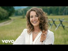 Caroline Jones - Country Girl (Official Music Video) - YouTube