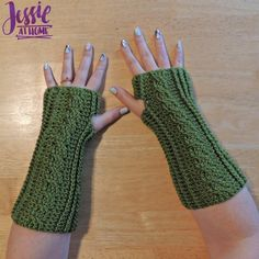Stylish Crochet Cabled Mitts free pattern