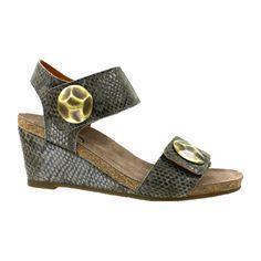 7c59dc6b7 7 best shoes images on Pinterest