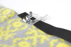 How to use and adjustable binding foot - for use with pre folded woven bias tape.