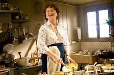 Julie & Julia -- without Julie! This hour-long video has just the scenes of Julia Child (played by Meryl Streep) cooking her way through Paris. Beurre Vegan, Mushroom Bourguignon, 43 Things, Pantry Essentials, Grand Marnier, Celebrity Hair Stylist, Julie, Meryl Streep, Crepes