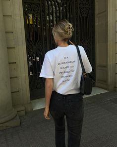 Making My Way Downtown, Slow Fashion, Style Fashion, Rose, Claire, Street Wear, Street Style, T Shirts For Women, Instagram