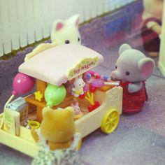 Sylvanian Families Diorama @ Toyworld, Glorietta photos by Ja