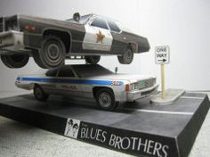 The Blues Brothers - 1974 and 1976 Dodge Monaco Free Paper Models Download