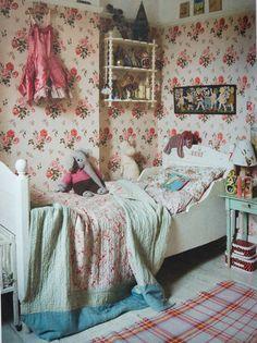 dziewczęcy pokoik - w stylu country + floral!! <3 Inside 'Home' by Anita Kaushal