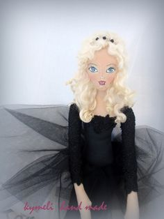 Kymeli OOAK Art Dolls and Dolls . by kymeli Soft Dolls, Aurora Sleeping Beauty, Goth, Trending Outfits, Handmade Gifts, Disney Princess, Vintage, Fashion, Gothic