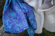 size 4.6 Yaro Elvish Violet Aqua-Green Wrap (tencel blend)