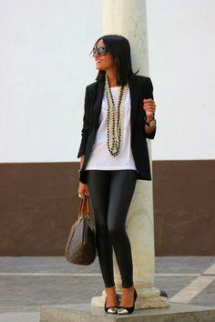 Chaqueta/jacket: Zara  Camiseta/tshirt: Á Bicyclette  Leggins: Primark (a/w 12-13)  Bolso/bag: LV  Collares/necklaces: Mango & Primark  Zapatos/shoes: Primark (a/w 12-13))