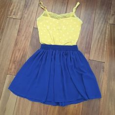 American Apparel chiffon skirt This cobalt blue chiffon skirt from American Apparel is light and flowy. Elastic waist and two layers of chiffon. It's cute paired with a tank, a crop or with a chambray shirt tied at the waist. Worn only 4 times. Yellow tank also available. American Apparel Skirts Circle & Skater