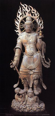 兜跋毘沙門天-tobatsubisyamonten- (vaizravaNa) One person of four persons' guardian deity 兜跋 is 西域兜跋国. The warrior's God appeared by this appearance here. 兜跋毘沙門天=毘沙門天=多聞天 観世音寺(福岡)(kanzeonji)