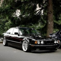 BMW 5 that was my first bmw my first car was convertible fox body mustang sold then bought 1961 impala bubble top stock power seats sold! Suv Bmw, Bmw Cars, Bmw Series, Carros Bmw, Bmw E38, Ac Schnitzer, Pontiac, Bmw Classic Cars, Car Photos