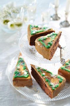 Mustaherukkaiset kuusileivokset | Joulu | Pirkka #food #Christmas