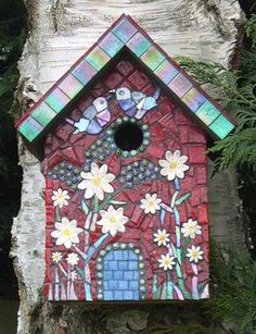 Mosaic- Tyrolean Bird House by Ayesha James Mosaic Crafts, Mosaic Projects, Mosaic Art, Mosaic Glass, Glass Art, Stained Glass, Mosaic Designs, Mosaic Patterns, Mosaic Birds