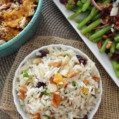 Arroz Navideño (con frutos secos y chabacanos) www.pizcadesabor.com Rice Recipes, Veggie Recipes, Pasta Recipes, Mexican Food Recipes, Real Food Recipes, Cooking Recipes, Yummy Food, Healthy Recipes, Xmas Food