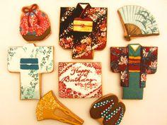 日本人のおやつ♫(^ω^) Japanese Sweets 和装型クッキー。Japanese Kimono Set cookies 焼菓子屋さん