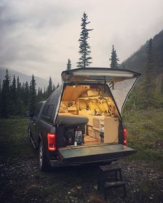 Super ideas for truck camper remodel interiors bus conversion Small Truck Camper, Truck Bed Camper, Small Trucks, Camper Life, Camper Van, Small Campers, Pickup Camping, Truck Camping, Motorhome