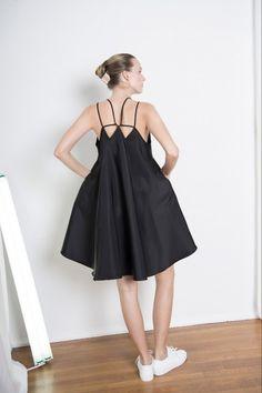 Jasmin Shokrian - Spring 2015 Ready-to-Wear - Look 27 of 27 Knit Fashion, Runway Fashion, Spring Fashion, Fashion Show, Fashion Outfits, Fashion Design, Fashion Trends, Fashion 2014, Dress Skirt