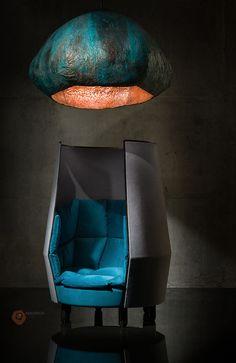 Кресло и люстра от студии Сергея Махно
