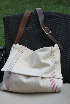 Feed Sack Messanger Bag DIY Tutorial...i wouldn't use a feed sack, but I love the belt as a strap idea!