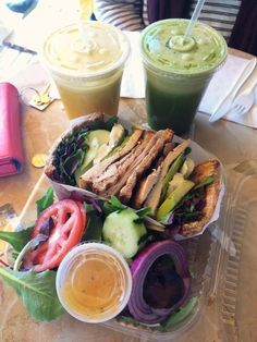 Fresh lunch recipe with awesome greens and healthy smoothies « The Yummiest Food Photos
