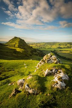 """wanderthewood: """" Chrome Hill, Peak District, England by Dave Fieldhouse """" Peak District England, British Countryside, Fjord, Famous Places, Travel Images, Beautiful Landscapes, Uk Landscapes, The Great Outdoors, Wonders Of The World"""