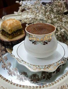 A demitasse of Greek coffee & baklava Coffee Latte, Coffee Set, Coffee Break, Coffee Time, I Love Coffee, Coffee Cups, Iced Coffee, Cocoa Tea, Pause Café
