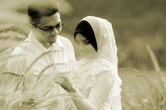 Kiat Menjaga Romantisme dengan Pasangan Hidup