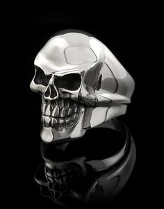Rockstar skull ring If you're going to wear only one ring on your hand, this is the one. Nothing compares or competes with this masterpiece of pure sterling silver. When it's not on your finger, consider it an investment in precious metal. Skull Jewelry, Antique Jewelry, Mens Jewellery, Skull Rings, Designer Jewellery, Sterling Silver Jewelry, Silver Earrings, Cool Rings For Men, Ride Out