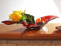 Design Glasschale mit Unikatcharakter als Blumenvase