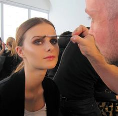 A New Way To do Brows