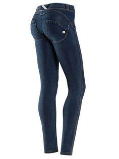 DENIM X ACTIVEWEAR - Freddy lança calça de jersey com visual denim - Notícias - Guia JeansWear : O Portal do Jeans - www.guiajeanswear.com.br